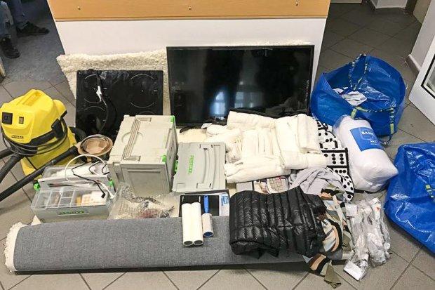 Okradli dom z mienia wartego ponad 7 tys. zł. Jeden ze złodziei wpadł z narkotykami