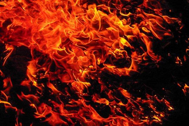 Pożar busa w Gromadce