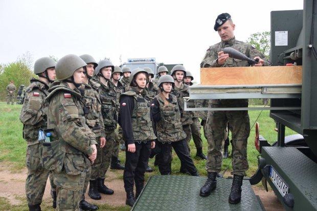 Uczniowie klas mundurowych na ćwiczeniach Commando 2018