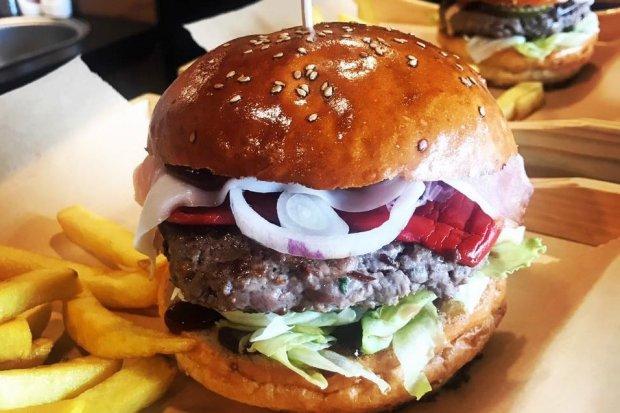 Good Burger zaprasza na Mundial i promocje!