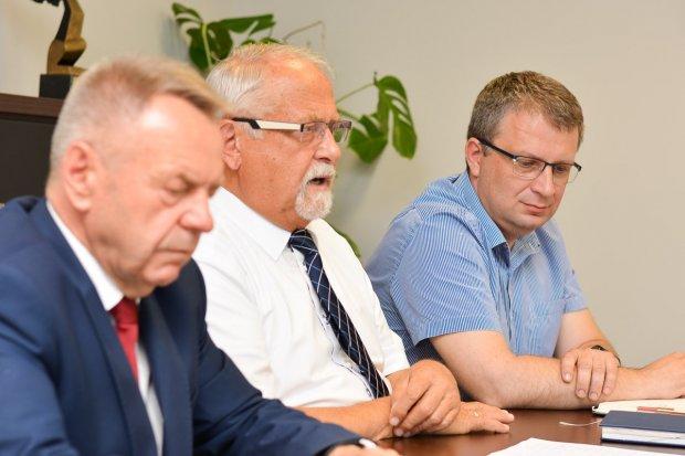 Starostwo: Mnóstwo inwestycji, blok operacyjny i huczny Tydzień z Powiatem