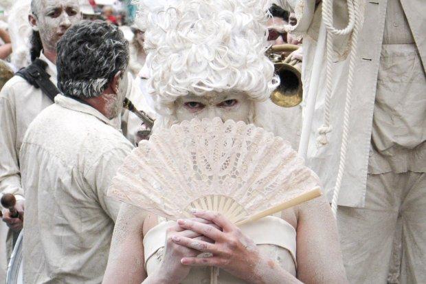 Gliniada, Festiwal Bieli, Glina Show – to pełnoprawne wersje glinianej parady