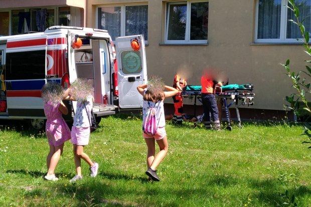 12-latka wypadła z balkonu na Gałczyńskiego
