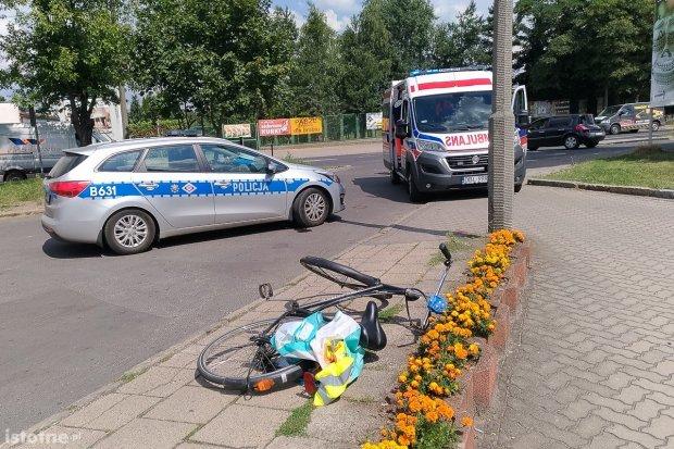 Rowerzysta zabrany do szpitala