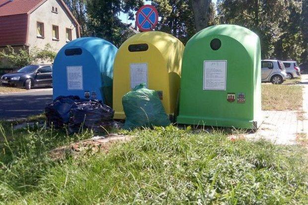 Niebezpiecznie rozmieszczone pojemniki na śmieci?