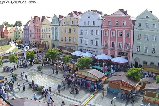 Tłumy ludzi w Rynku, rozpoczęły się Dni Ceramiki
