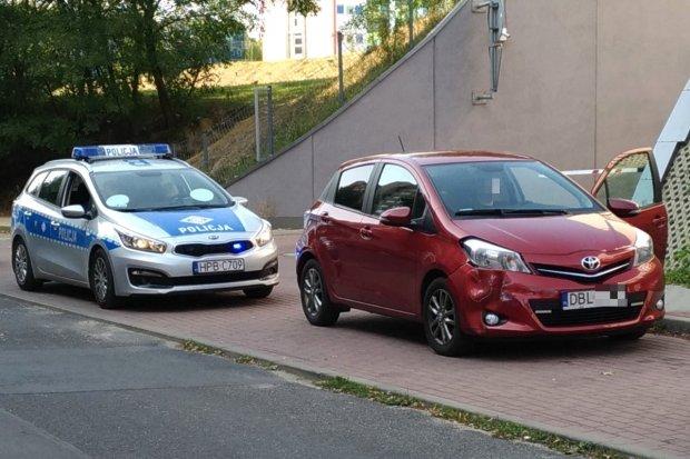 Kolizja dwóch aut przy Łukasiewicza