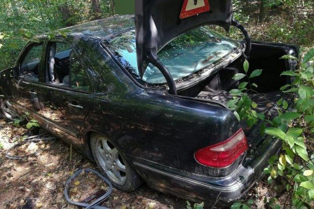Bał się powiedzieć mamie, że rozbił auto, więc… zgłosił fikcyjną kradzież