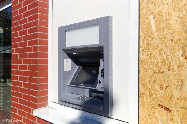Jest nowy bankomat przy Biedronce na Wróblewskiego