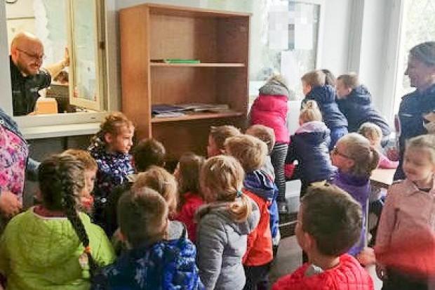 Przedszkolaki opanowały bolesławiecką komendę policji