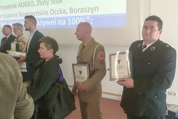 Strażacy ochotnicy z Czernej nagrodzeni za aktywność