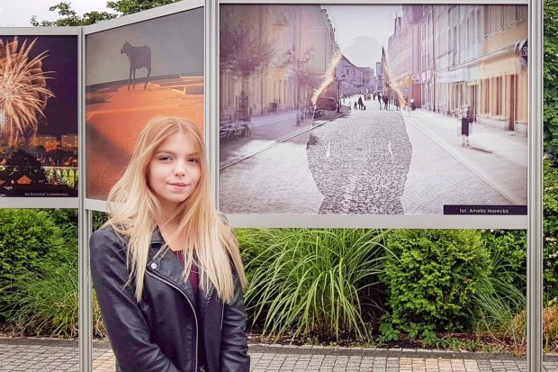 """Uczennica """"Handlówki"""" Amelia Marecka laureatką konkursu fotograficznego"""