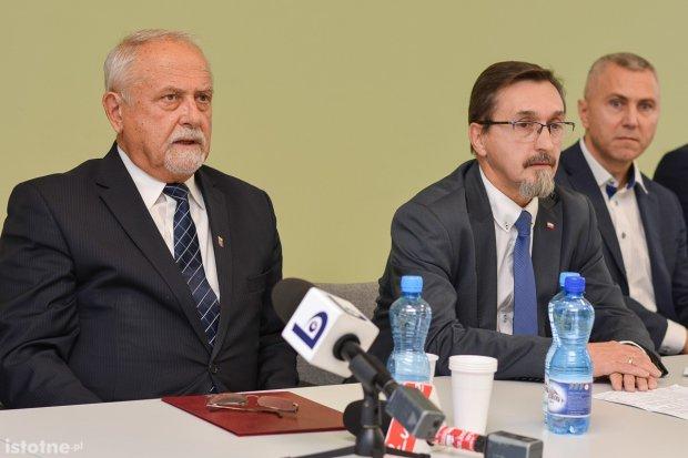 Koalicja w powiecie: wieloletni platformers Karol Stasik oddał powiat PiS-owi