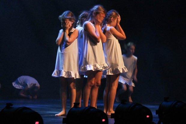 """""""Póki my żyjemy"""" – widowisko taneczne pracowni BOK – MCC"""