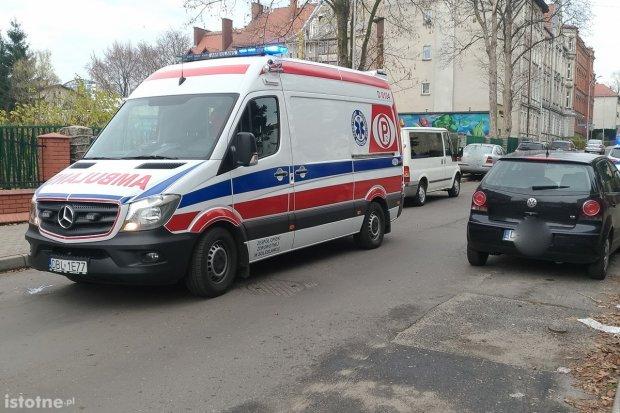 VW potrącił 9-latkę, która wtargnęła na jezdnię