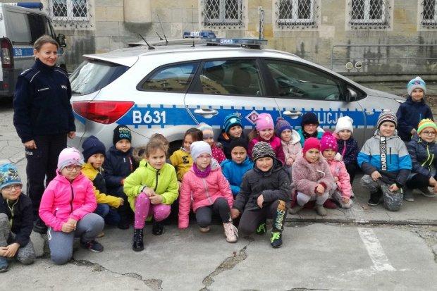 Dzieci ponownie opanowały bolesławiecką komendę policji