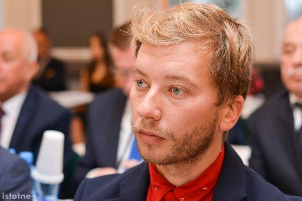 Marcin Stróżyński poza klubem PiS-u. Powód? Koalicja z SLD