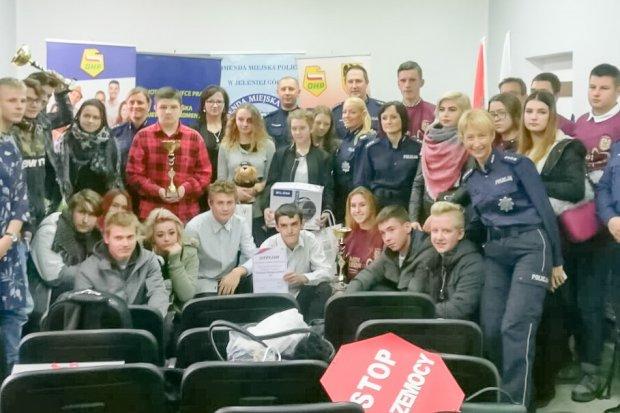 Młodzież z bolesławieckiego Hufca Pracy na 3 miejscu w policyjnym konkursie