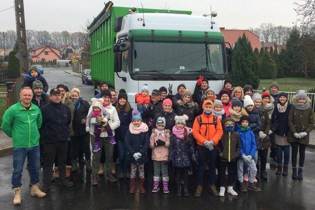 Sukces akcji sprzątania Kolonii Staszica. Zebrano ponad 5 ton śmieci