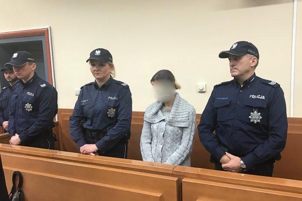 Zabiła nożem dwie córeczki. Dzieciobójczyni skazana na dożywocie