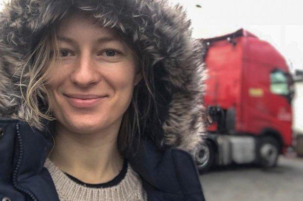 Iwona Blecharczyk, znana trucking girl, wsparła akcję Korytarz Życia