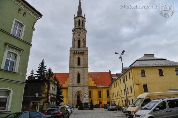 W bolesławieckim kościele mszy w niedziele będzie więcej, ale będą liczyć wiernych wchodzących do świątyni