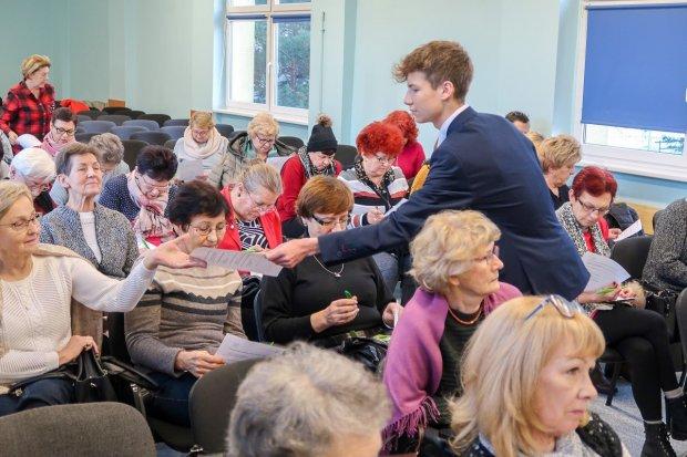 Łykam zdrowie – projekt licealistów z Lubina dla bolesławieckiego UTW