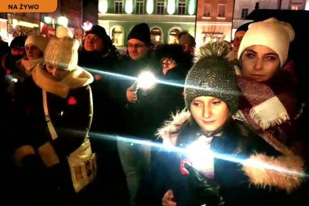 Bolesławianie solidarni z Jurkiem Owsiakiem i przeciw przemocy