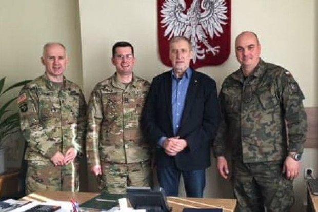 Żołnierze US Army w Urzędzie Gminy Osiecznica