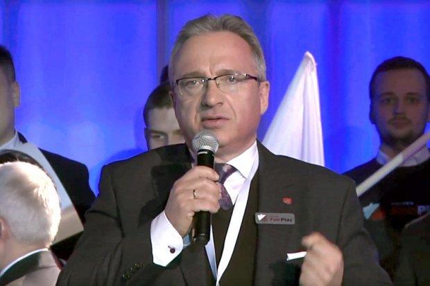 Prezydent Piotr Roman z absolutorium i wotum zaufania