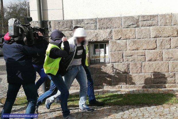 Obaj sprawcy brutalnego pobicia w centrum Lwówka aresztowani