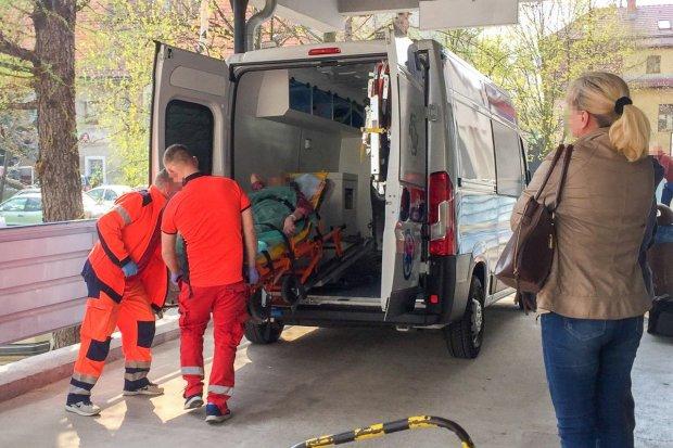 Ewakuacja oddziału szpitalnego we Lwówku, lekarze chorują lub złożyli wypowiedzenia