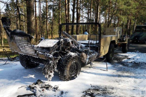 Pożar i zderzenie pojazdów US Army. Trzech żołnierzy rannych