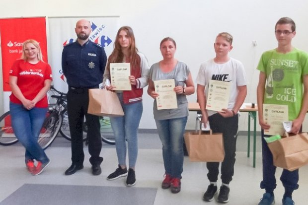 Nowogrodziec i Gierałtów najlepsze w Turnieju Wiedzy o Bezpieczeństwie