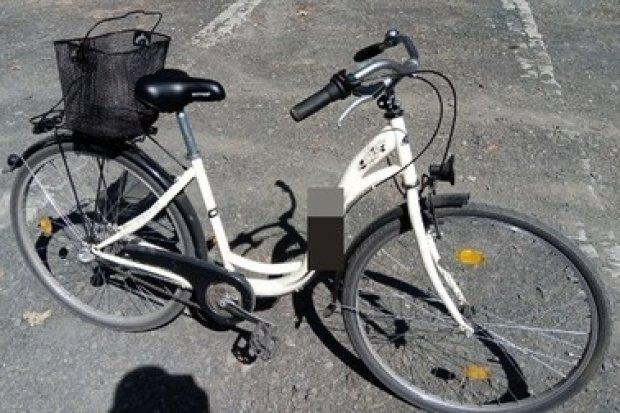 Nie chciało mu się wracać pieszo do domu, więc... ukradł rower