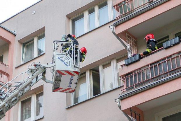 Akcja strażaków przy ul. Jana Pawła II. Podejrzenie śmierci