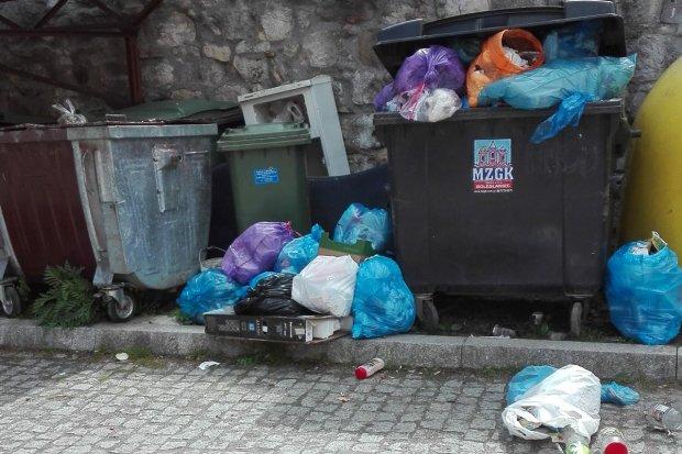 Problem ze śmieciami w Nowogrodźcu