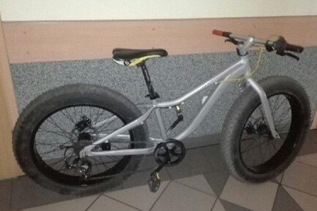 Policjanci z Kruszyna odzyskali rower i zatrzymali złodzieja