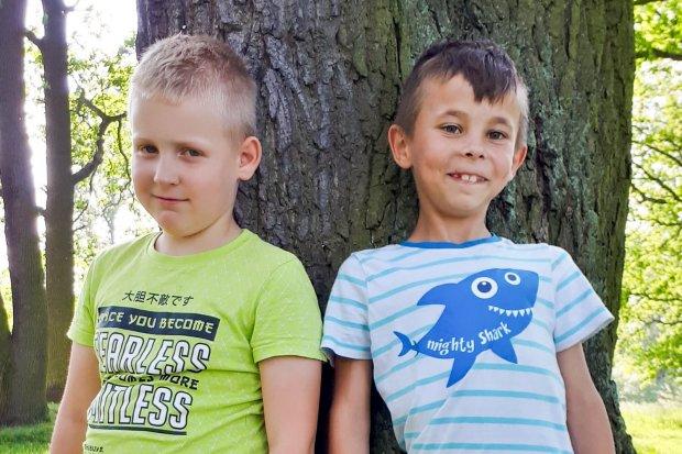 Dwóch rezolutnych chłopców pomogło policji odnaleźć zaginionego 5-latka