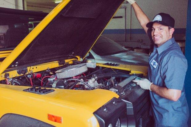 Wady i zalety stosowania oryginalnych i zamienników części samochodowych