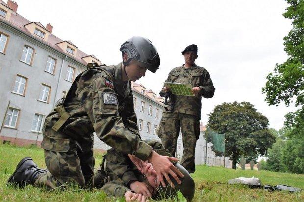 Przyszli żołnierze zaliczyli wojskowy egzamin