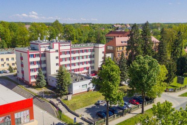 Szpital w Bolesławcu: 83 pacjentów z koronawirusem, 9 pod respiratorem
