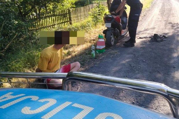 Pijany motorowerzysta zatrzymany przez drogówkę. Jednoślad miał kradzione blachy