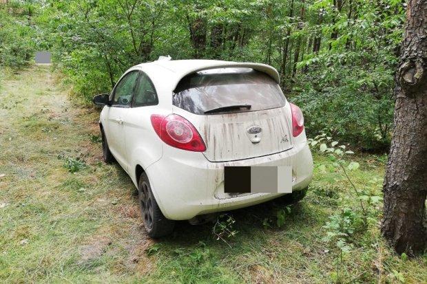 Skradzione przez 2 nieletnich auto odzyskane przez mundurowych z Kruszyna