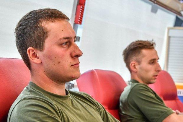 Szkolący się u pancerniaków studenci oddali krew