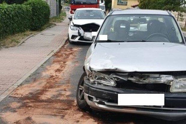 Zderzenie dwóch aut w Łące. Ukrainiec z 350-zł mandatem
