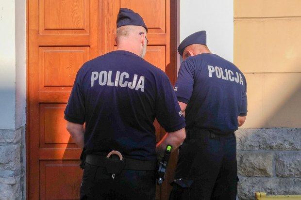 Policja odwiedziła w domu 16-latkę, protestującą w Strajku Kobiet