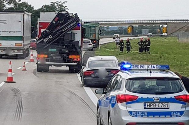 Zderzenie ciężarowego DAF-a z Audi na A4