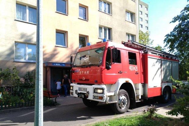 Akcja straży i policji w wieżowcu przy ulicy Bielskiej