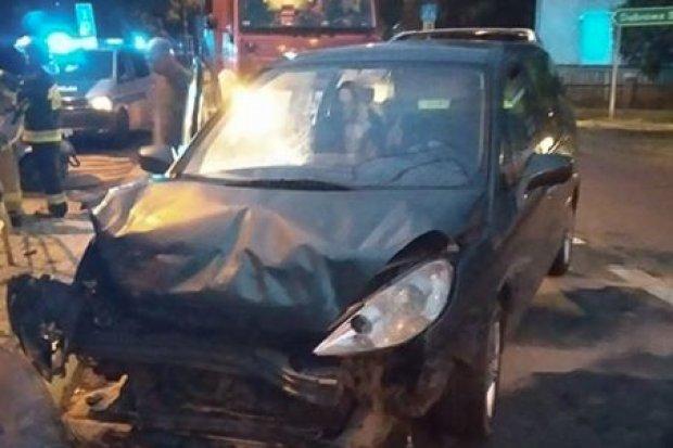 Wypadek na ul. Widok. Kierowca uciekł, grozi mu do 3 lat więzienia